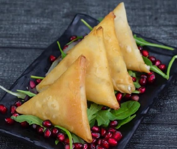 Spinach Pastry سمبوسك سبانخ